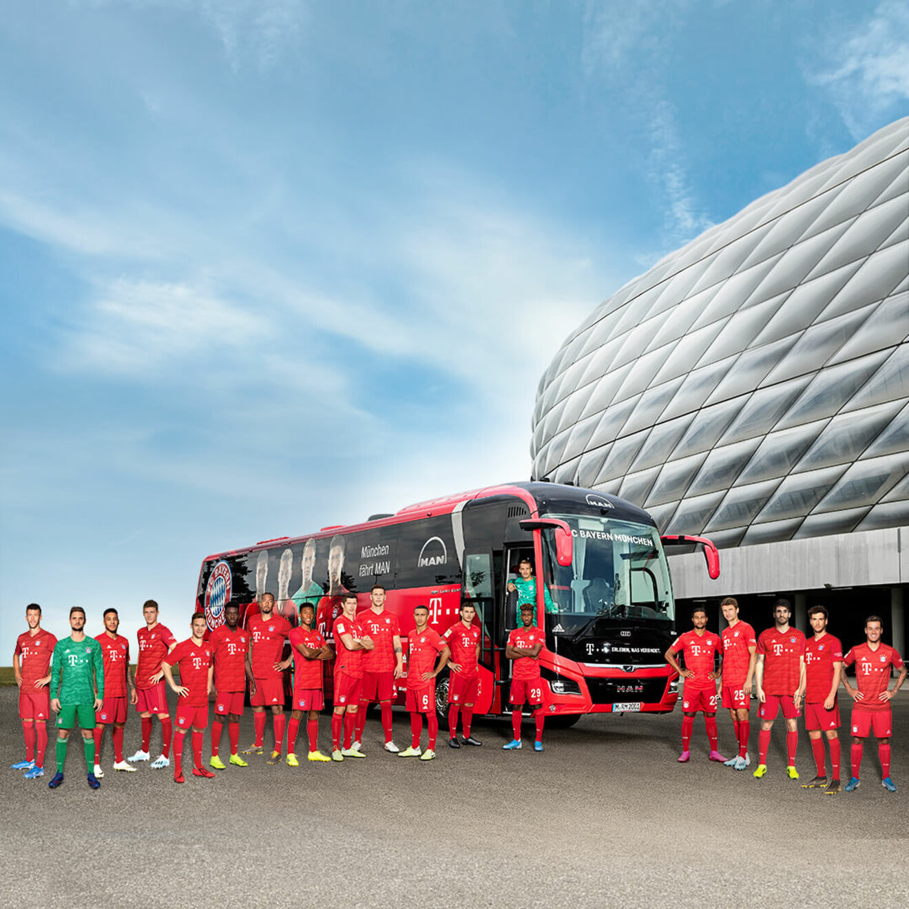 FC Bayern team in front of the team bus - champions drive MAN